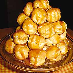 Cream Puff Tower (Croquembouche)