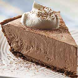 Lite Frozen Chocolate Cheesecake Pie