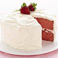 Sandra Lee*s Strawberries And Cream Cake