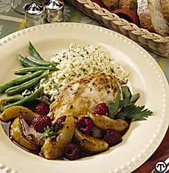 Chicken with Pear-Raspberry Sauce
