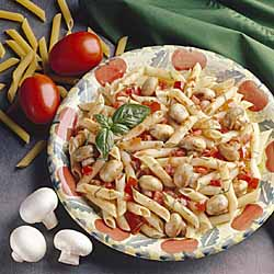 Pasta with Mushrooms, Tomatoes and Basil