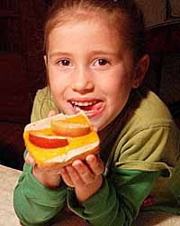 Apple Cheddar Breakfast Bagel